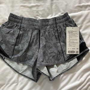 "BNWT 2020 Seawheeze Hotty Hot Shorts 2.5"" Size 6"